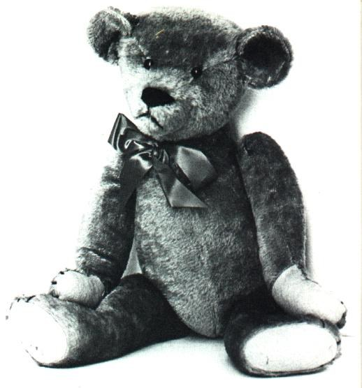 Original Michtom bear, similar to the one in the Smithsonian collections